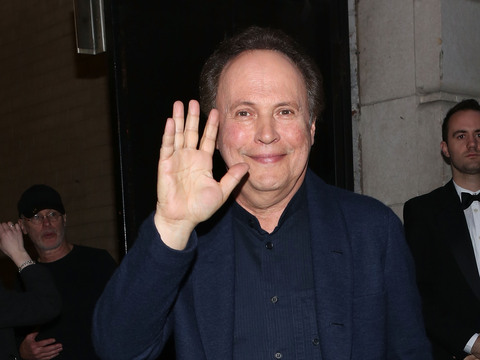 Billy Crystal: 'It's Not Easy' to Say Goodbye to David Letterman