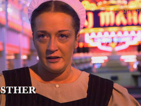 'Amish Mafia' Sneak Peek! Esther Dabbles in the Dangerous 'English' World