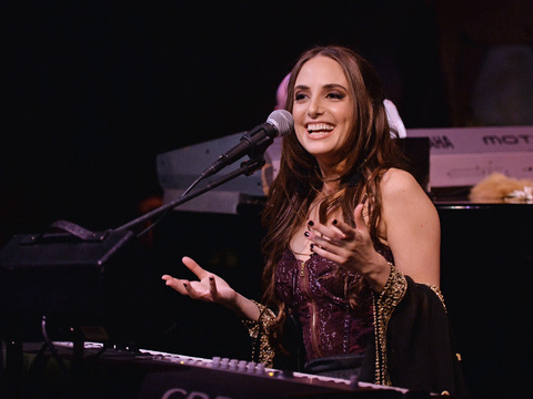 481924741 480x360 Alexa Ray Joels First Words About Her Health After Collapsing Onstage