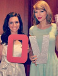 Gossip Girl: Taylor Swift Surprises Fan at Bridal Shower