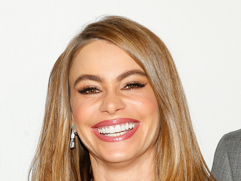 Sofia Vergara Wants to Educate You on Thyroid Cancer