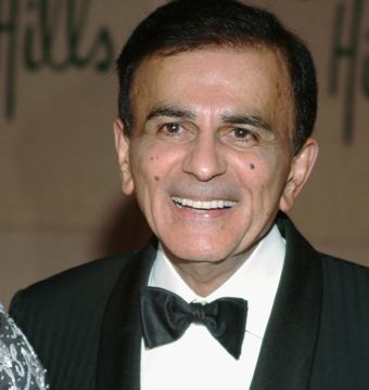 Video! Dramatic Fight Over Casey Kasem, Wife Throws Raw Meat at Stepdaughter