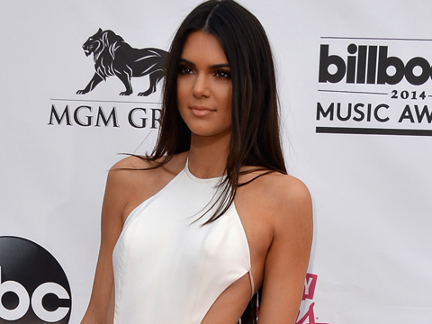 Video! Kendall Jenner's Embarrassing Moment Onstage at the Billboard Music Awards