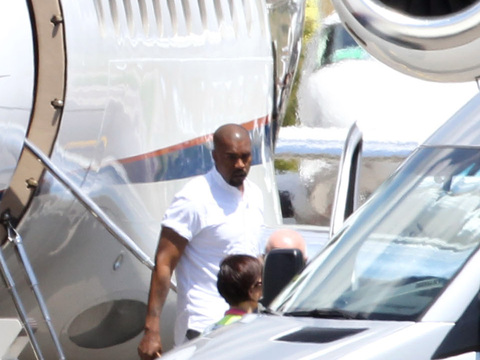 Kim and Kanye's Wedding: Happy Couple Arrives to Italy for the Big Day