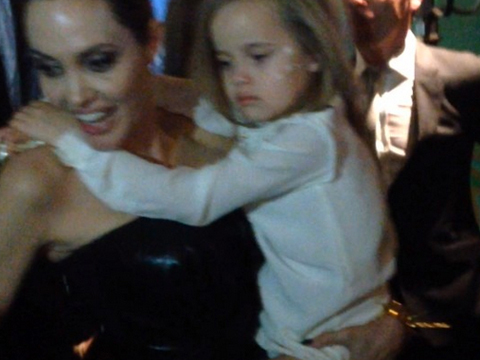 Cute Video! Angelina Jolie Carries Sleepy Daughter Vivienne