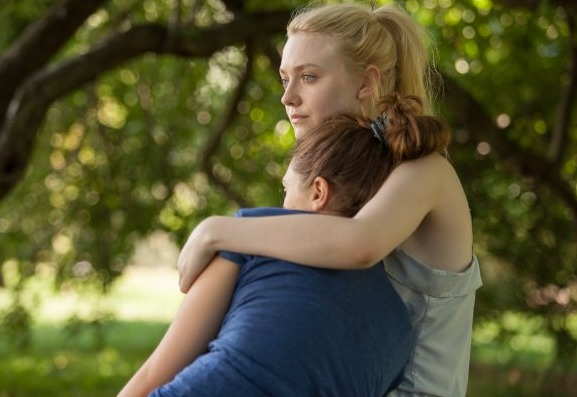 Trailer! Dakota Fanning and Elizabeth Olsen Are 'Very Good Girls'