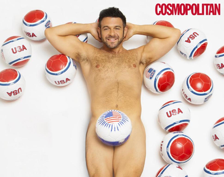 Extreme Weight Loss: 'Man vs. Food' Host Poses Nude After Dropping 70 Lbs.