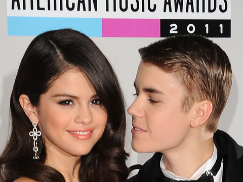 Selena Gomez and Justin Bieber Can't Quit Each Other