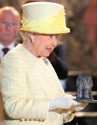 queen-throne