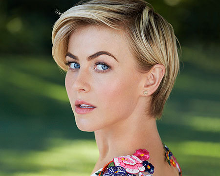 Julianne Hough Dishes on Her Relationships, Past and Present
