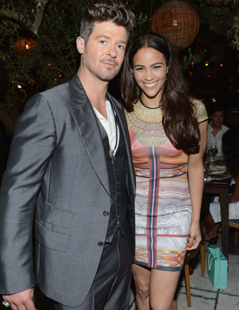 Report: Robin Thicke Is Admitting Defeat in Battle to Save His Marriage