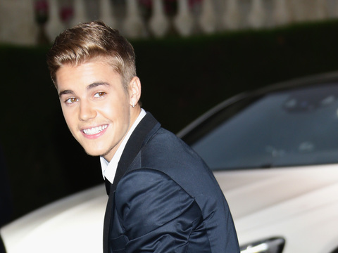 Justin Bieber to Get Plea Deal in Egg-Throwing Case