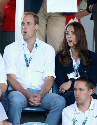 Prince William and Kate Middleton watched a hockey match between Scotland and Wales at the 20th Commonwealth Games in Glasgow.