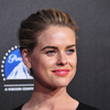'Star Trek' Actress Alice Eve Engaged to High School Sweetheart