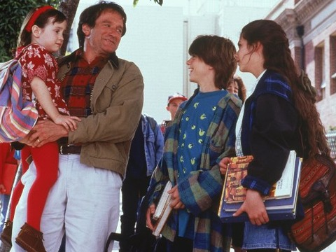 Robin Williams' 'Doubtfire' Daughters Share Heartfelt Messages
