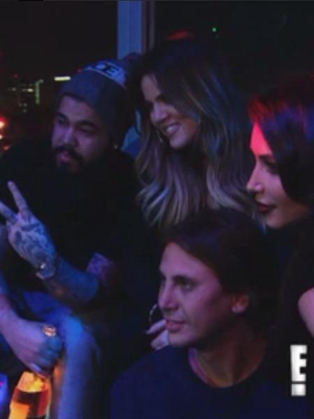 Watch Kim K. Help Khloé Through Awkward Lamar Run-In