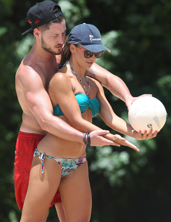 """DWTS"" pros Val Chmerkovskiy and Karina Smirnoff were spotted playing volleyball in Hawaii."