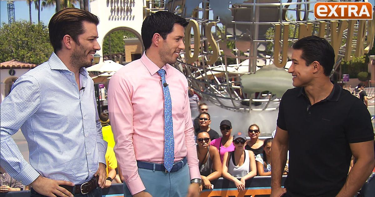 39 extra 39 hangs out with the 39 property brothers 39 gets home for How tall are the property brothers