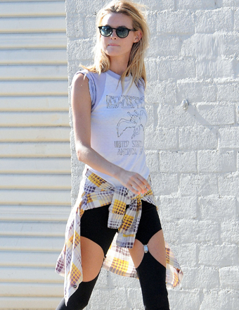 Behati Prinsloo was spotted on the set of a Maroon 5 video in L.A.
