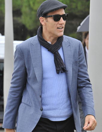 Clive Owen took a break from the Venice Film Festival for a stroll around town.