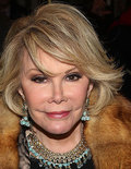 Shocking Report! Joan Rivers' Doctor Took Selfie Right Before She Went Into Cardiac Arrest