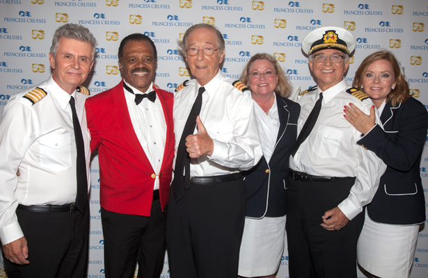 The Love Boat Cast Reunion On A Cruise Ship Pic Extratv Com