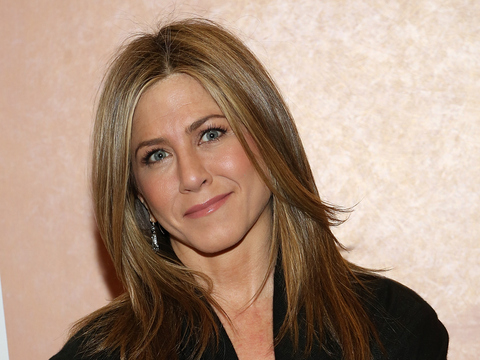 Extra Scoop: Jennifer Aniston's Extreme Movie Make-Under for 'Cake' Made Her 'Cranky'