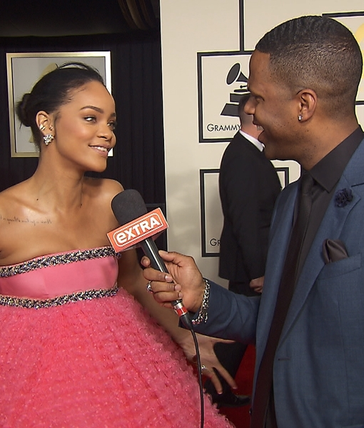 'Extra' Hangs Out with the Biggest Stars on the Grammys Red Carpet!