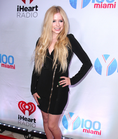 Avril on Secret Illness That Kept Her Bedridden: 'I Felt Like I Was…