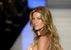 Gisele Bündchen Tops Forbes' Highest-Paid Models for 2016
