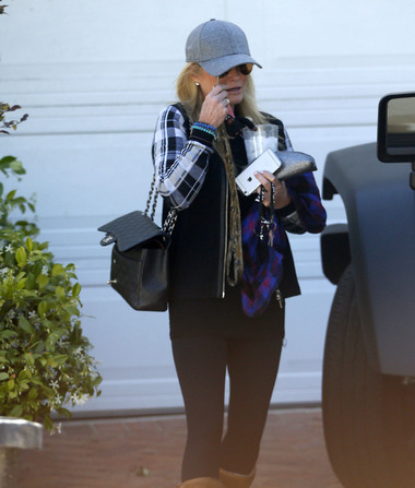 Kim Richards Spied for First Time Since Arrest, Details of Sobriety…