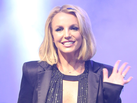 Oops! Britney Shows off Her