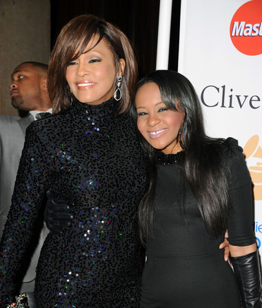 Bobbi Kristina Update: How Whitney Houston Is by Krissi's Side in…