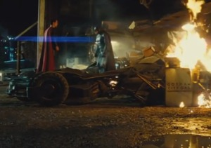 'Batman v Superman: Dawn of Justice' Trailer Premieres: WATCH