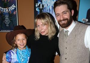 Heath Ledger's Look-alike Daughter Matilda Enjoys Play Date with Mom