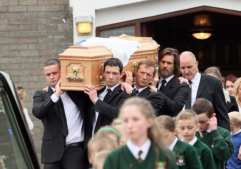 Jim Carrey Serves as Pallbearer at Late Girlfriend's Irish ...