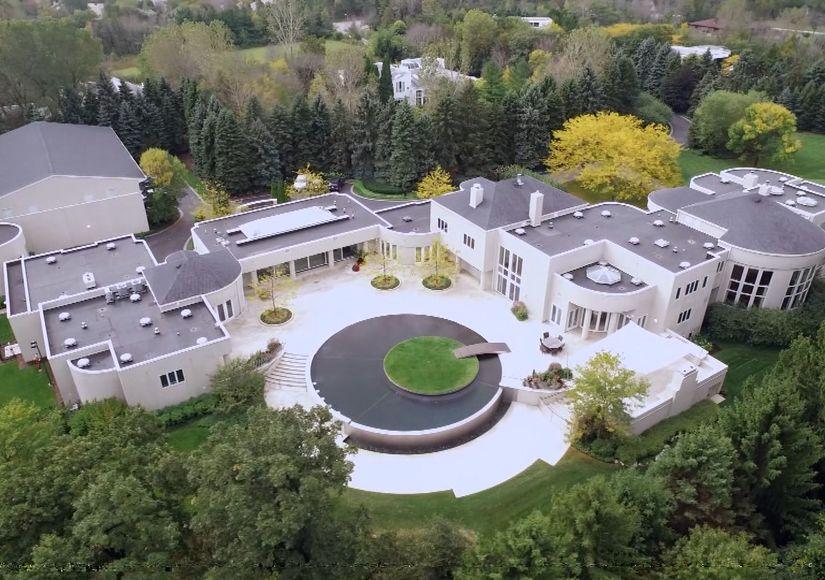 Mansions and Millionaires: Michael Jordan's $14 Million Estate