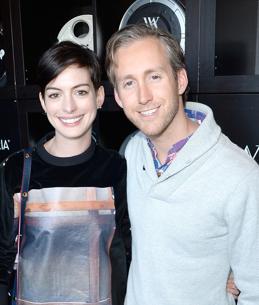 Anne Hathaway Spouse: Anne Hathaway Is Expecting With Hubby Adam Shulman, Shows