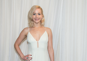 How to Look Gorgeous Like Jennifer Lawrence on the Red Carpet