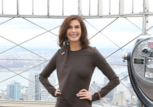 Teri Hatcher Dishes on Her Kissing Scenes with Matthew Perry in 'Odd Couple'