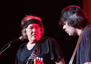 Jefferson Airplane's Paul Kantner Dead at 74