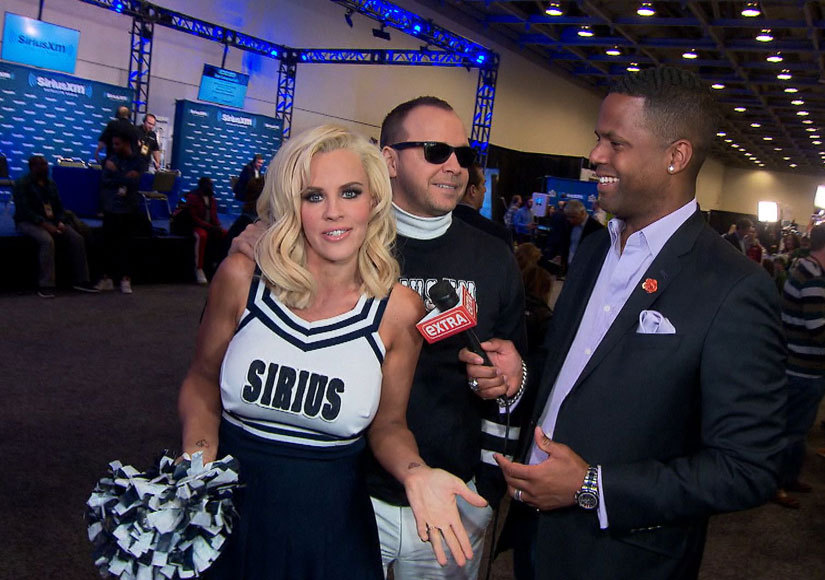 Jenny McCarthy & Donnie Wahlberg Are in the Minority About the Super Bowl