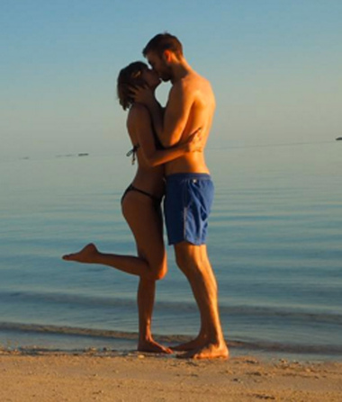Taylor Swift and Calvin Harris' Sexy Vacay Diary