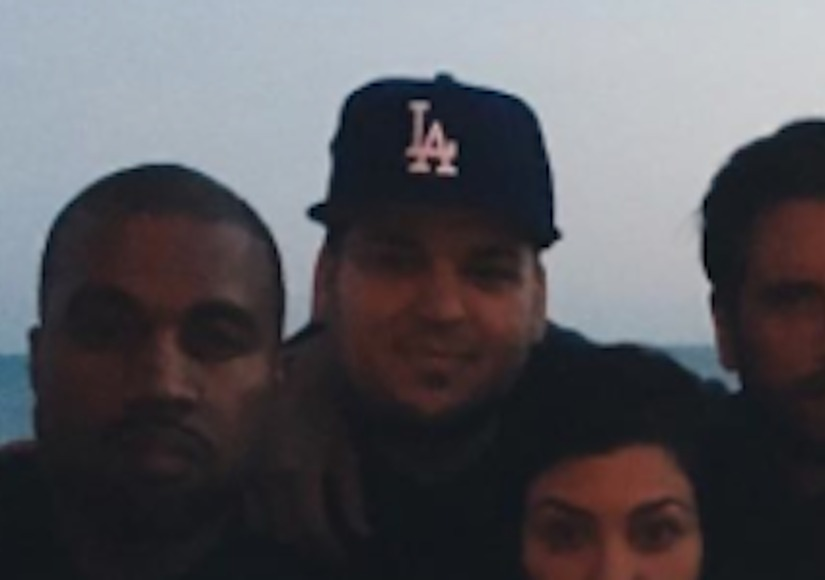 Check Out the New Kardashian-Jenner Family Photo — Including Rob!