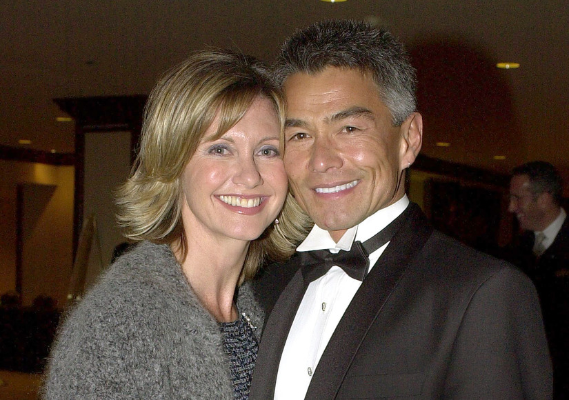 Extra Scoop: How Olivia Newton-John's Ex-BF Reportedly Faked His Own Death