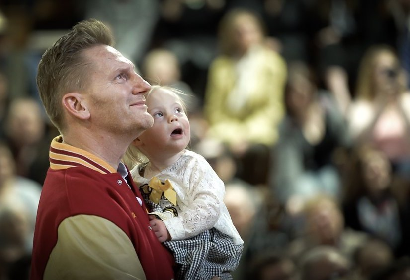 Rory Feek Reveals How Daughter Indiana Is Coping with Joey ...