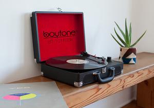 Win It! A Boytone BT-101 Turntable