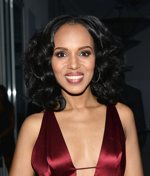 Kerry Washington Talks Hillary Clinton, 'Scandal' and Her Love for Jennifer…