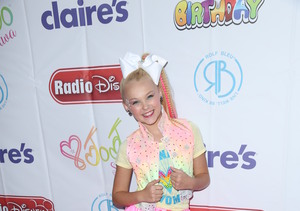 'Dance Moms' Star JoJo Siwa Shakes Off Haters at 13th Birthday Party