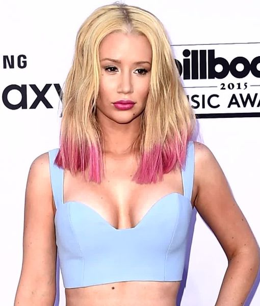 How to Get Iggy Azalea's 'Perky Boobs' from the Doctor Who Performed Her…